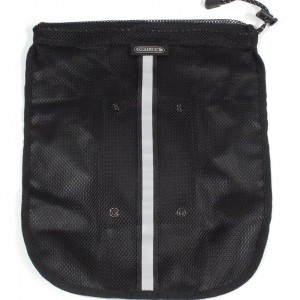 OUTER MESH POCKET
